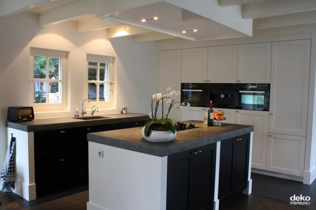 Stijlvolle keuken in gerenoveerd huis maatwerk interieurbouw van deko