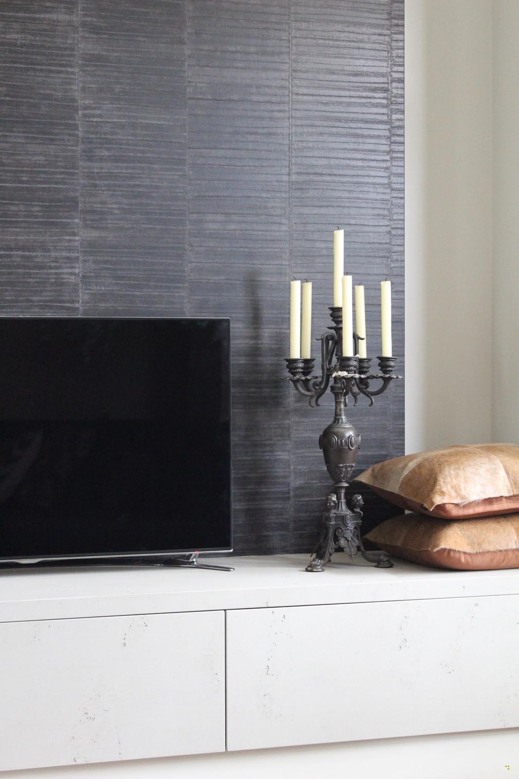 Vintage style tv meubel maatwerk interieurbouw van deko - Betonlook wand ...